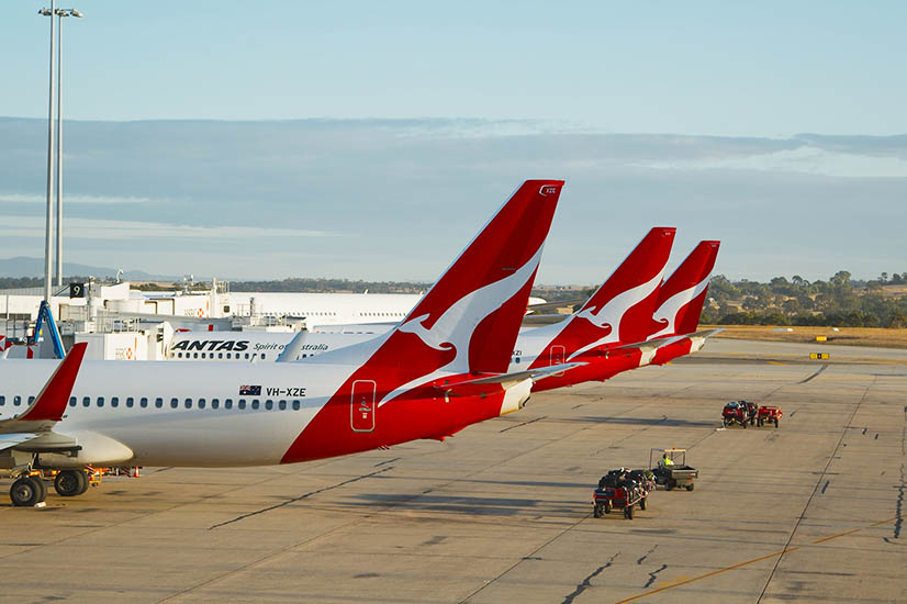 Unions take Qantas to High Court over JobKeeper 'misuse'