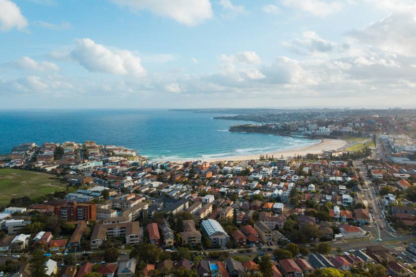 Sydney property prices soar to new record