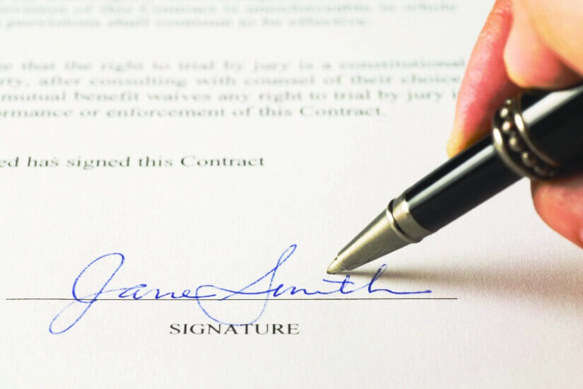 signature on declaration of trust is it the same as will or deed