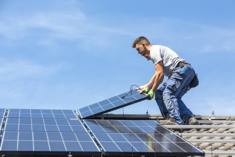 Rooftop solar avoids 'sun tax' but still faces caps