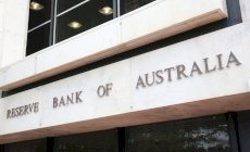 RBA rate reduction favours equity investors