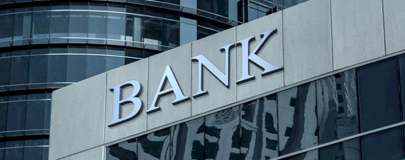 How do you evaluate a good bank